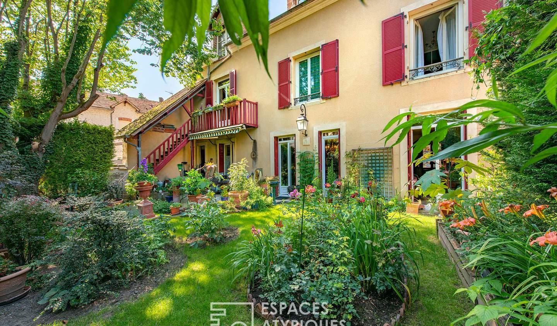 House Montigny-sur-Loing