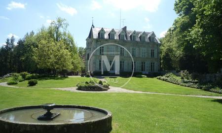 Chateau Avec Piscine Clermont Ferrand A Vendre