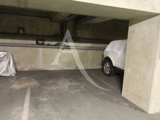 Location parking 13 m2