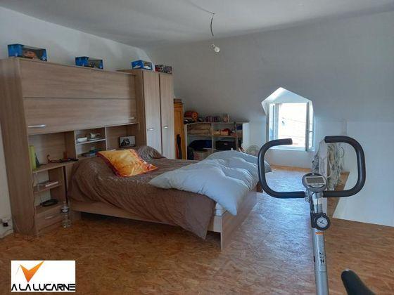 Vente divers 11 pièces 300 m2