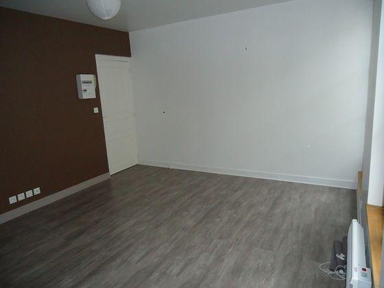 Location studio 21,49 m2