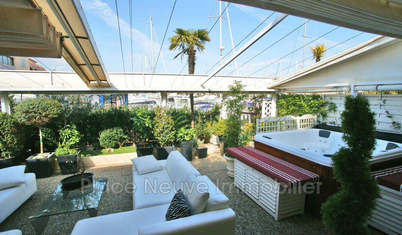 Appartement avec terrasse Cogolin