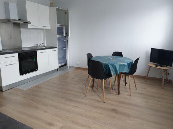 Location studio 29,82 m2