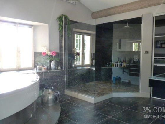 Vente maison 9 pièces 405,75 m2