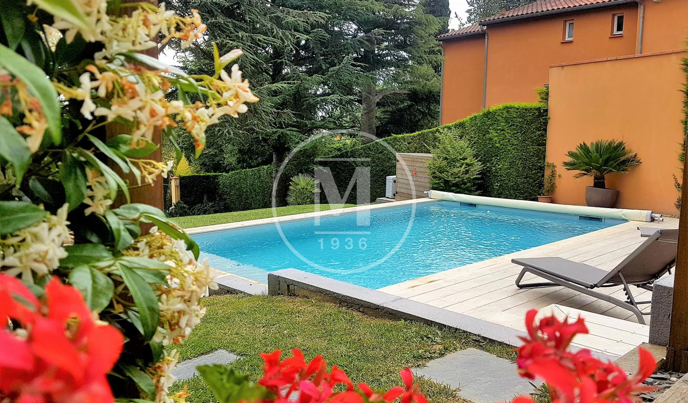 House with pool and terrace Toulouse