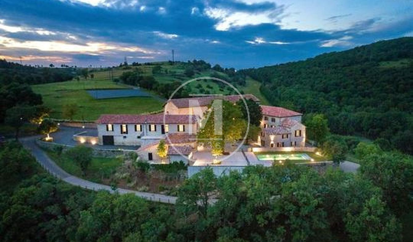 Property with pool Millau