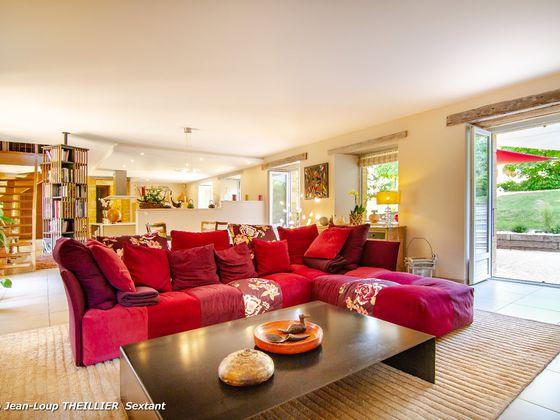 Vente maison 23 pièces 715 m2