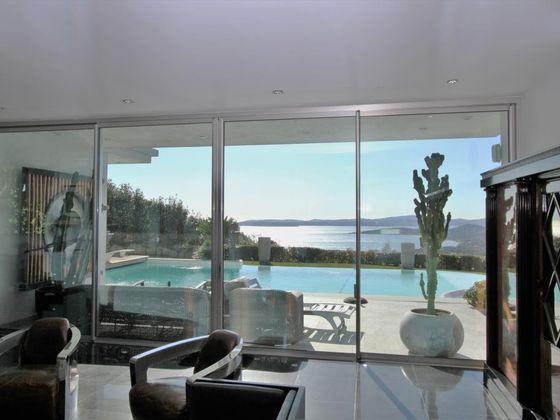 Vente propriété 8 pièces 300 m2