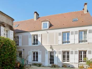 Maison 11 pièces 253 m2