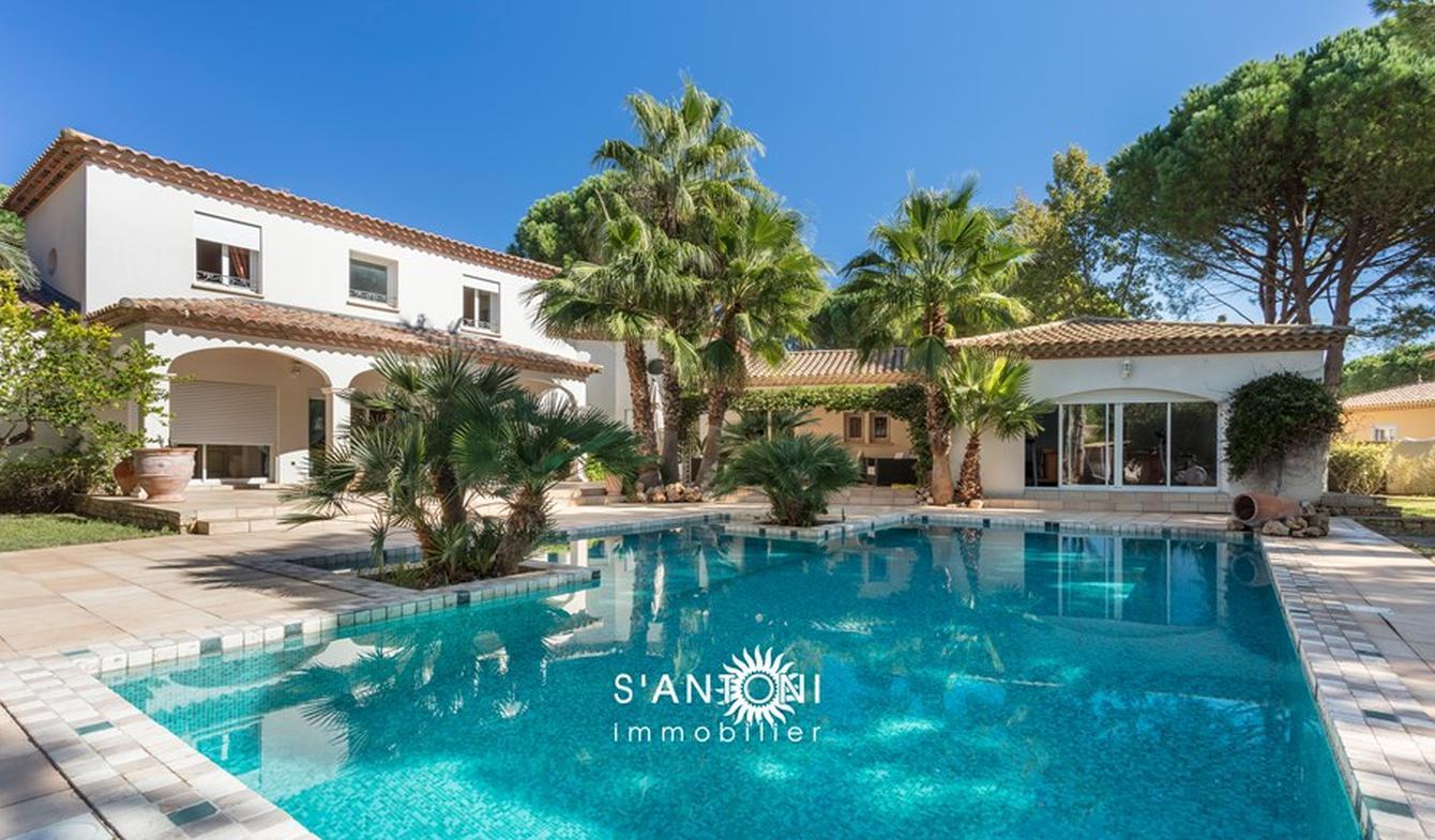 Villa avec piscine et jardin Agde