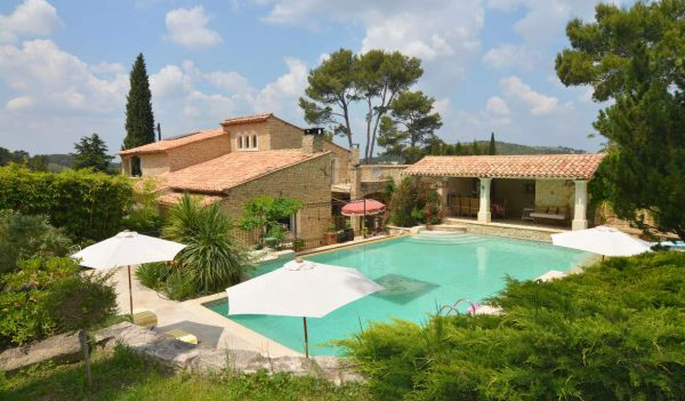 Property with pool and garden Eygalières