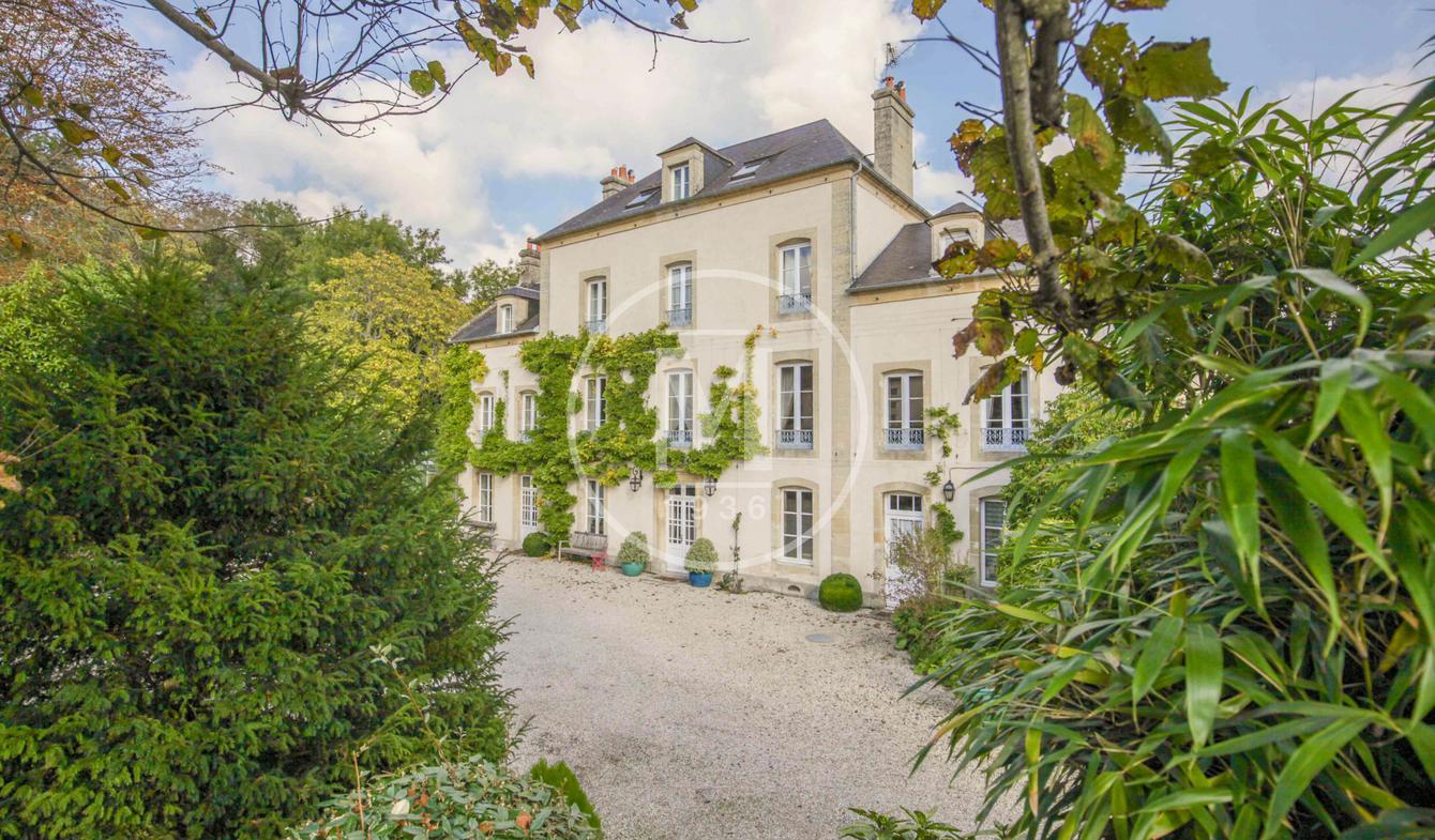 Propriété avec piscine Caen