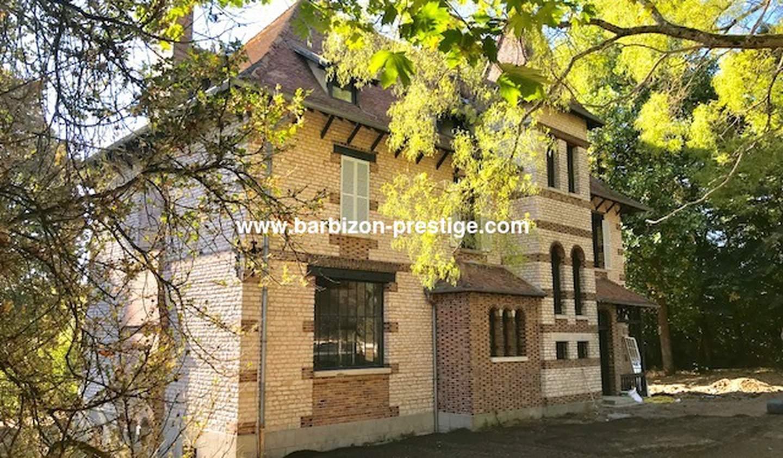 House Fontainebleau