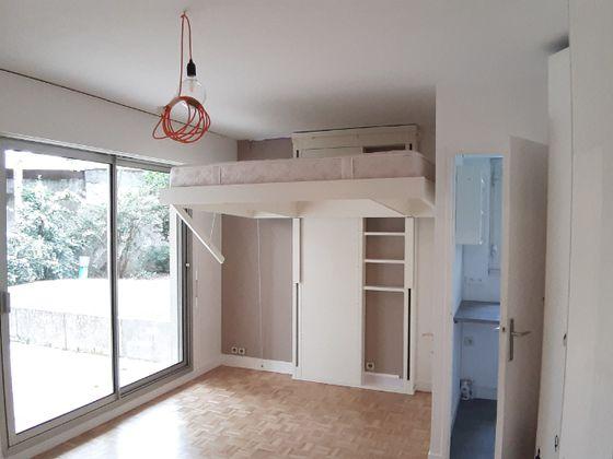 Location studio 25,07 m2