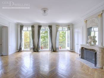 Appartement 7 pièces 292 m2