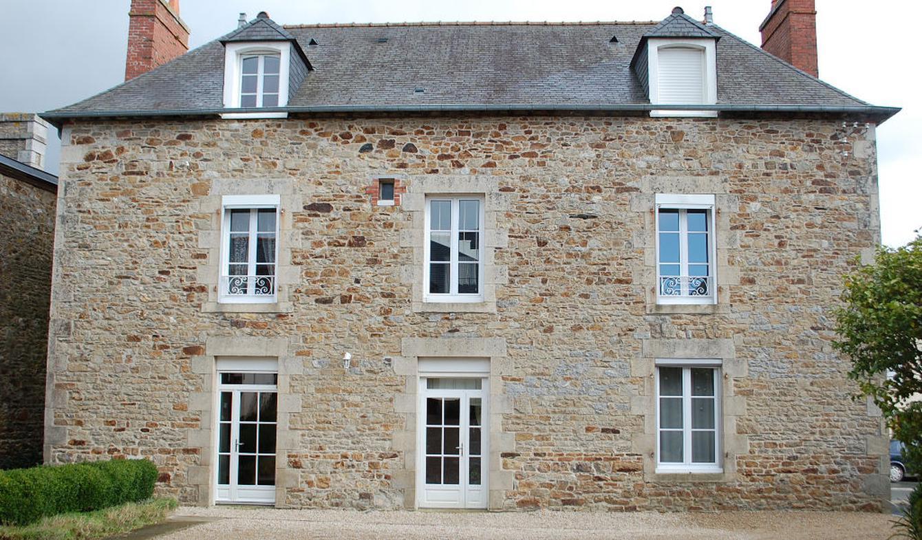 House with terrace Caulnes