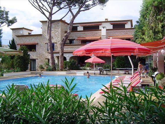 Vente villa 20 pièces 1100 m2