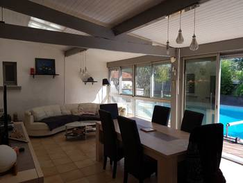Maison 11 pièces 264 m2
