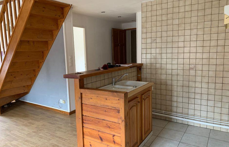 Vente locaux professionnels 9 pièces 282 m² à Tergnier (02700), 171 000 €