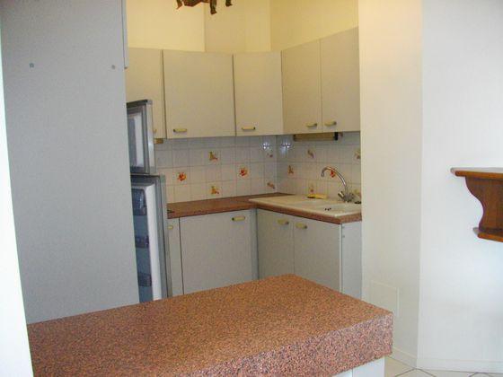 Location appartement 3 pièces 57,56 m2