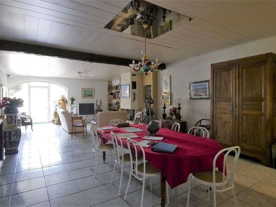 Vente maison 6 pièces 359 m2