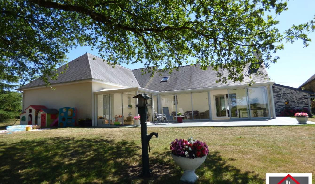Maison avec terrasse Pré-en-Pail