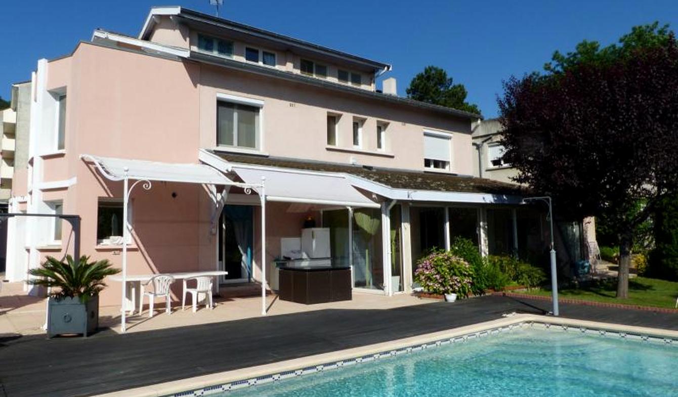Maison avec piscine et terrasse Andance
