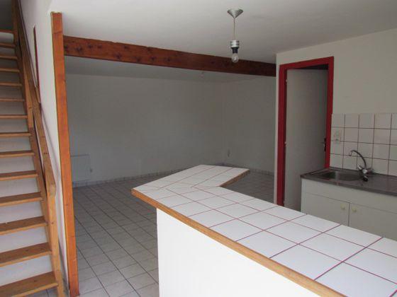 Location appartement 3 pièces 50 m2