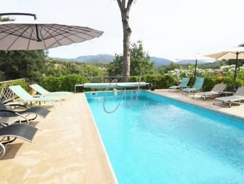 Villa 8 pièces 271 m2