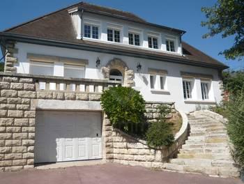 Maison 10 pièces 241 m2