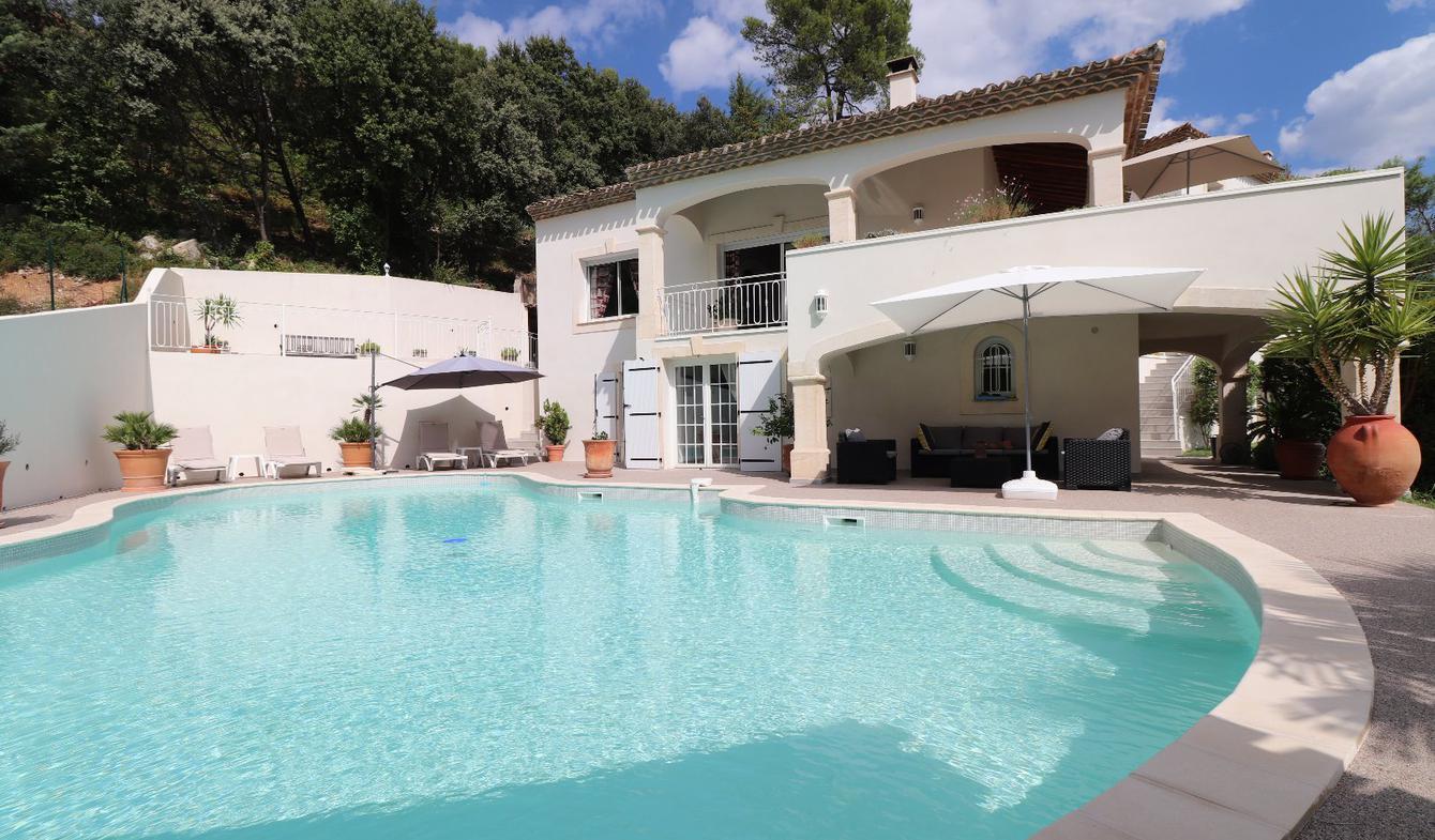 Villa avec piscine et terrasse Montpellier