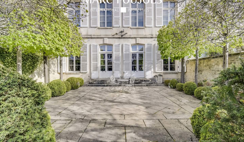 Property Chantilly