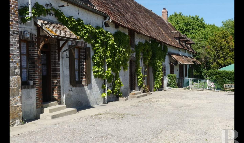 Corps de ferme Auxerre