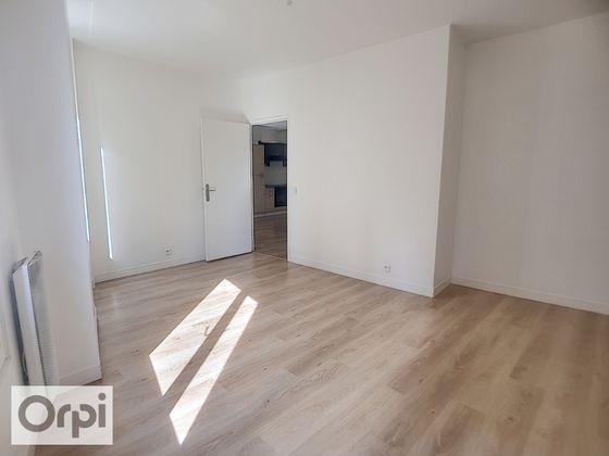Location appartement 3 pièces 54,98 m2