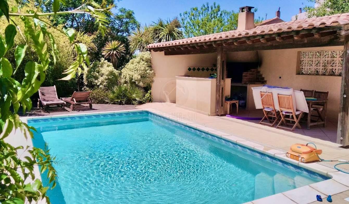 Villa avec piscine et terrasse Vendres