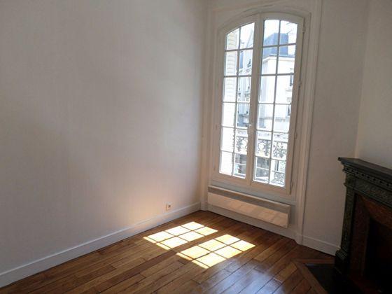 Issy-les-Moulineaux, Appartement