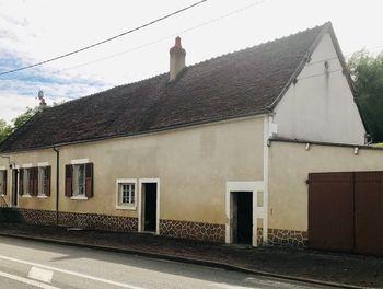 maison à Giry (58)