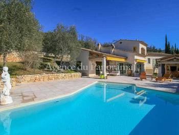 Villa 3 pièces 220 m2