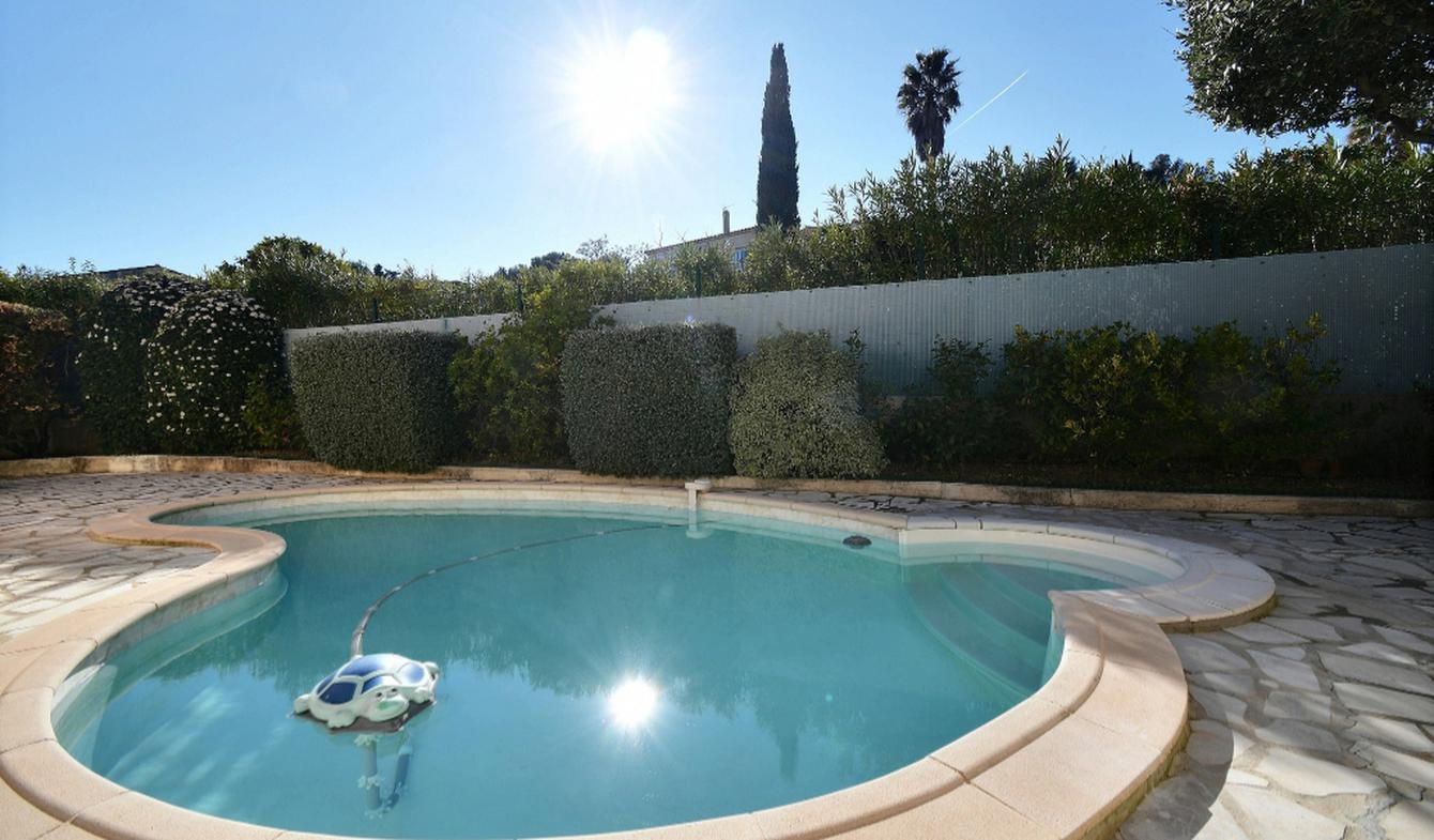 House with pool Carqueiranne