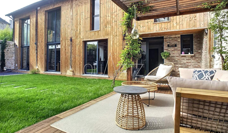 Maison avec terrasse Jouy-le-Moutier