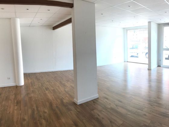 Vente divers 48 m2