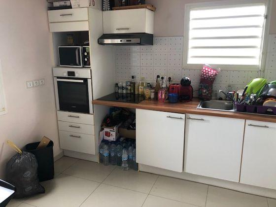 Location appartement 2 pièces 61,7 m2