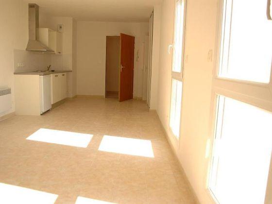 Location studio 30,42 m2