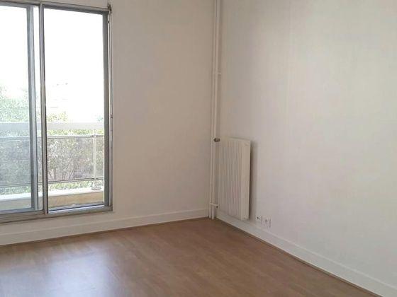 Location studio 16,86 m2
