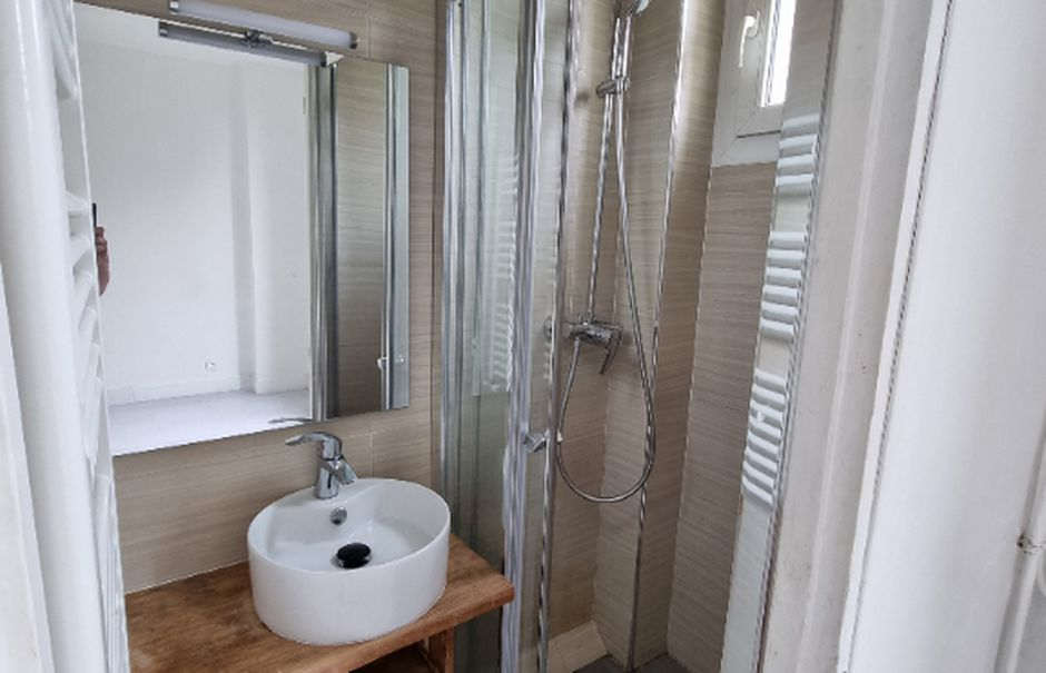 Location  appartement 2 pièces 30 m² à Drancy (93700), 765 €