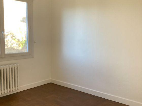 Location appartement meublé 3 pièces 60,74 m2