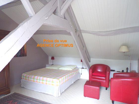 Vente maison 4 pièces 844 m2