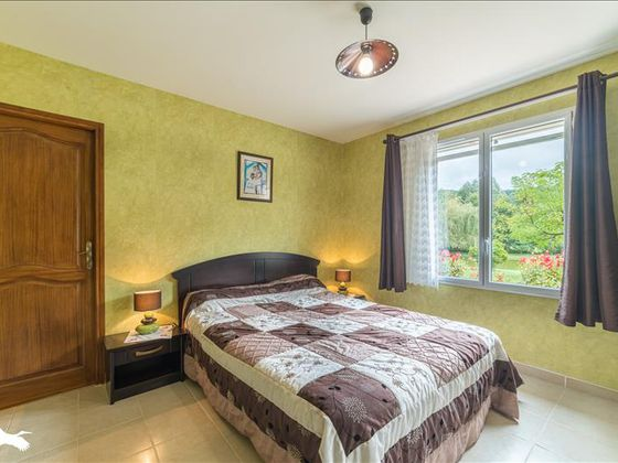 Vente maison 5 pièces 185 m2