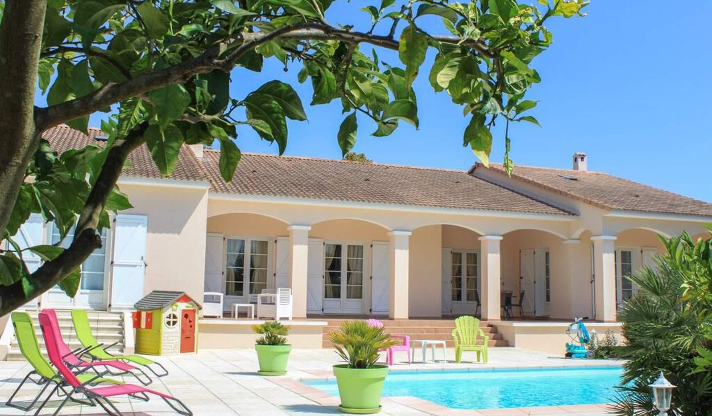 Villa avec piscine et terrasse Biguglia