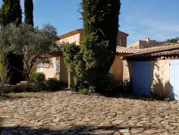 villa à Cucuron (84)